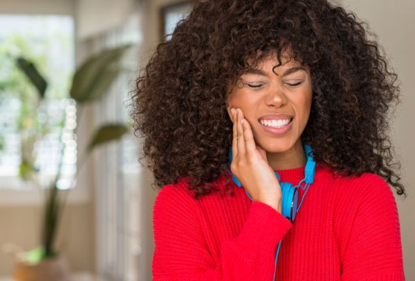 Four Simple Ways To Take Care Of A Toothache